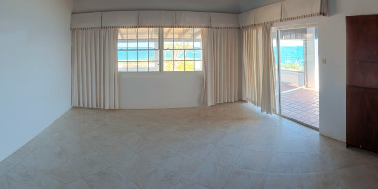 Living-Room-Panorama-1