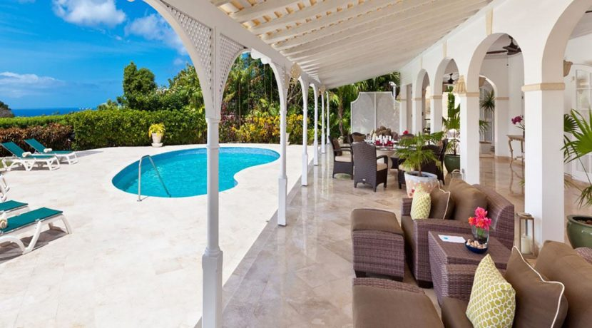 tradewinds-patio-living