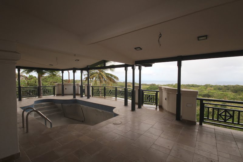 Patio-with-Swimming-Pool